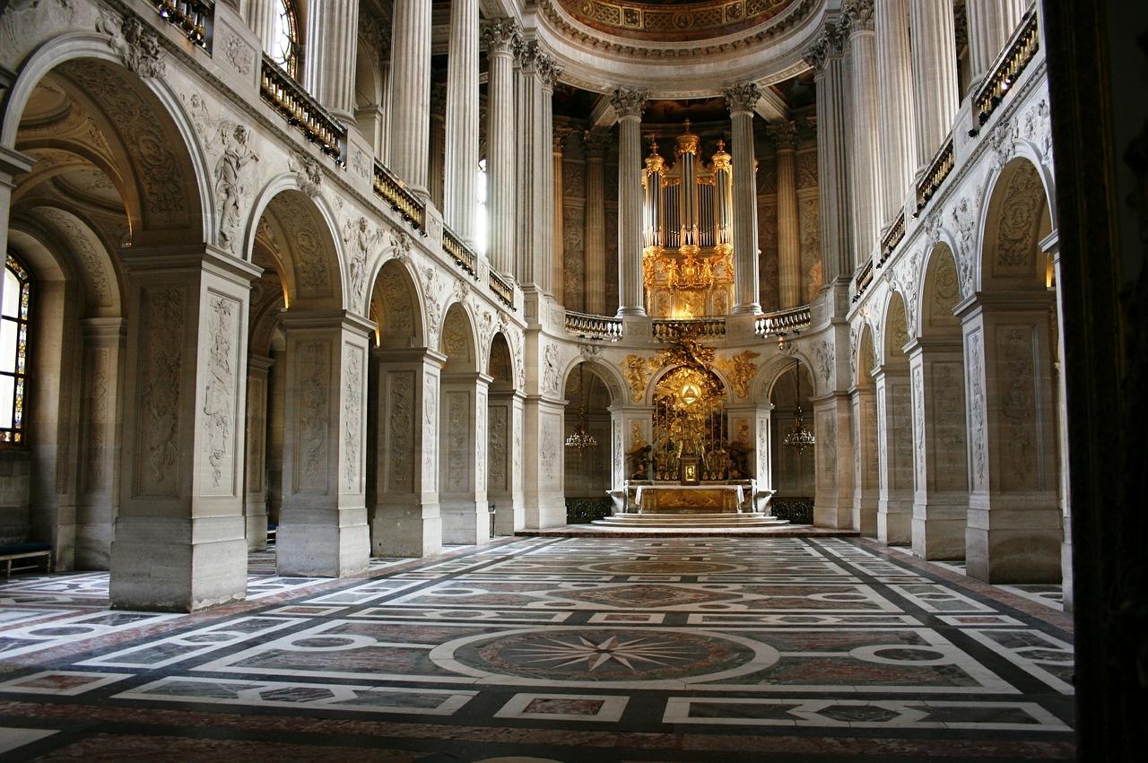 ヴェルサイユ宮殿観光の所要時間はどれくらい?