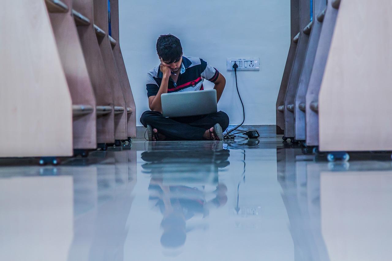 楽しみがない大学生|高校生時代とは違う環境での充実した生き方